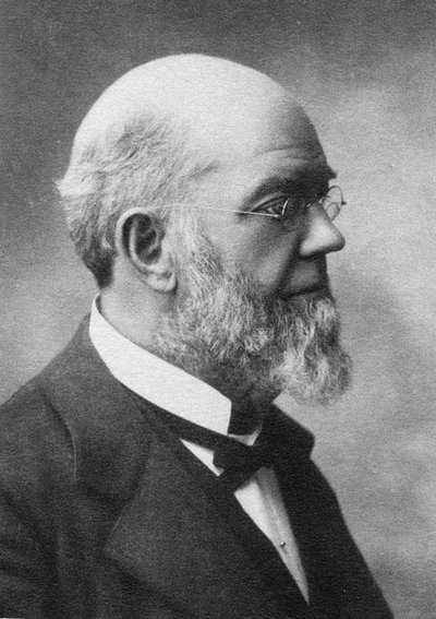 Black and white photographic portrait of Thomas Milton Gatch.