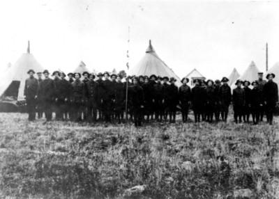 1914 State Fair encampment of club members