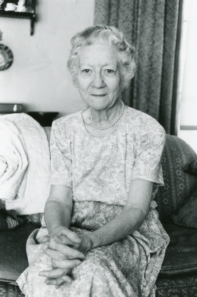 Gladys Whipple Goode Oral History Interview (1 of 2)