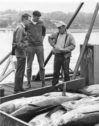 Dan Panshin and Bob Jacobson talk to an albacore tuna fisherman