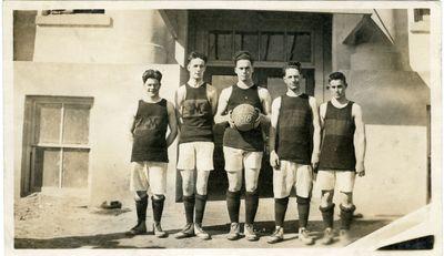 Moro High School Basketball Players